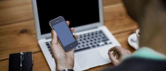 Tot mai multi tineri romani fac bani pe internet, din propriile pasiuni. Cum se poate ajunge la castiguri de peste 5.000 de dolari pe luna