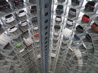 Romanii au cumparat cu 20% mai multe masini noi, fata de anul trecut. Dacia ramane in topul preferintelor, urmata de Skoda si Volkswagen