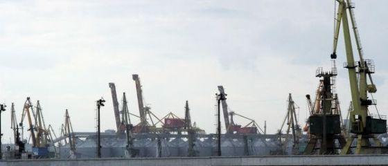 Bloomberg: Portul Constanta devine cel mai mare terminal de cereale din Europa, intr-o piata mondiala a graului de 4,2 mld. dolari
