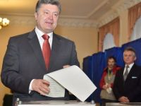 "Porosenko: Ucraina a votat masiv pentru o apropiere ""ireversibila"" de Europa"