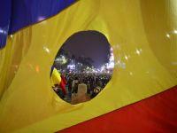 """Previziuni pentru Romania, dupa alegeri: Risc de blocaj politic si tulburari civile si noi masuri de austeritate, in 2015. """"Un nou acord cu FMI ar fi un mesaj puternic pentru investitori"""""""