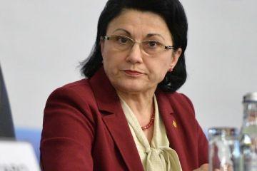 Iohannis a semnat decretul pentru numirea Ecaterinei Andronescu în funcția de ministru al Educației