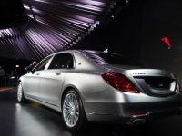 Pretul de pornire anuntat de Mercedes pentru noul Maybach relansat in incercarea de a depasi rivalii BMW si Volkswagen