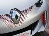 Masina care consuma 1 litru/100 km nu mai e o minune. Francezii fac concurenta nemtilor cu modelul care ingroapa industria petroliera. TOP articole auto in 2014