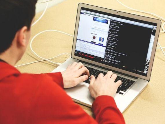 Baza de date Astra Asigurări, atacată de hackeri. În joc sunt datele a milioane de clienţi