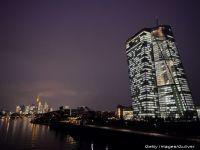 Decizie istorica pentru salvarea euro. BCE incepe luni programul de achizitii de obligatiuni. Moneda unica, un nou minim record fata de dolar