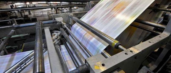 Vanzarile ziarelor romanesti au continuat sa scada in ultimul trimestru din 2014, un trend descendent raportat in ultimii ani