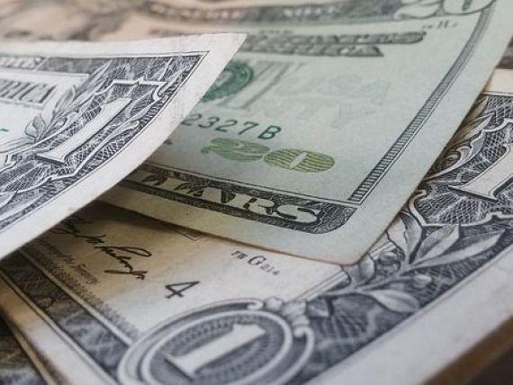 câștigurile pe internet cu dolarul)