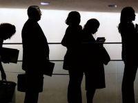 Rata ocupării a scăzut în primul trimestru, în timp ce rata șomajului a rămas constantă. Cei mai mulți șomeri sunt în rândul tinerilor