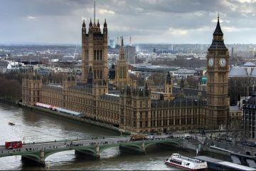 Romania din Regatul Unit: Povestea romanului care a plecat sa munceasca la Londra, fara sa stie o boaba de engleza.  Am cazare faina intr-o tufa si traiesc cu 50 de lire pe saptamana