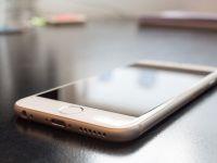 Premiera pe piata chineza. Vanzarile de telefoane inteligente au scazut, pentru prima data in ultimii sase ani. Apple si Samsung, cele mai afectate