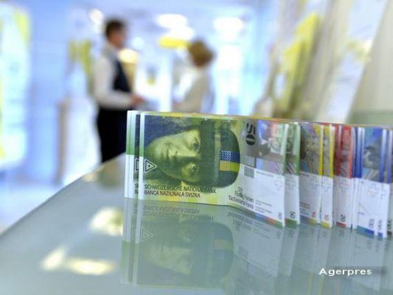 Banca Elvetiei: Ne asteptam ca francul sa ramana la actualul nivel sau sa se deprecieze usor in 2016