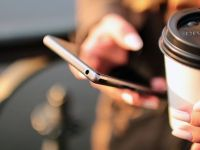 ANCOM: 12,7 mil. conexiuni la internet mobil broadband si 22,7 mil. utilizatori activi de telefonie mobila, in S1