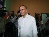"Yanis Varoufakis a demisionat: ""Voi purta cu mandrie dezgustul creditorilor"". Euclid Tsakalotos, noul ministru grec al finantelor"