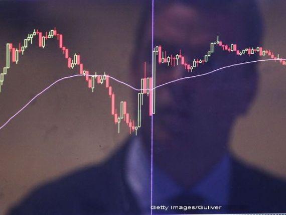 CFA România: Încrederea în economia românească s-a prabușit în luna mai. Euro ar putea depăşi nivelul de 4,7 lei în următoarele luni