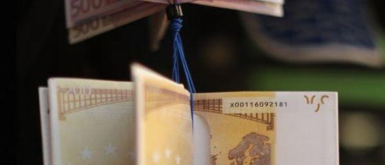 Investitii straine directe de 2,3 miliarde euro in opt luni, cu un miliard peste ianuarie-august 2014