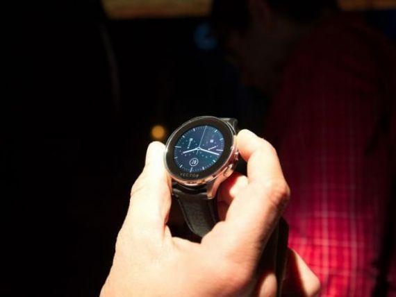 Romanii de la Vector schimba regulile pe piata smartwatch si tintesc top 5 in lume.  Bateria poate tine si 60 de zile