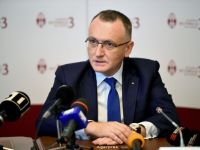 Sorin Cimpeanu, numit premier interimar. Iohannis:  Voi chema la consultari societatea civila si strada