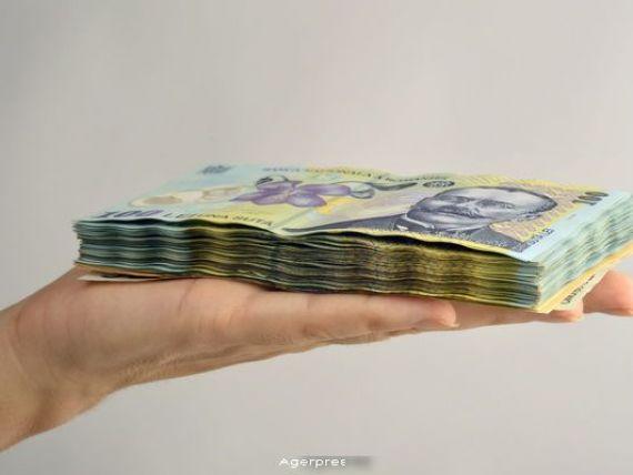 Guvernatorul BNR: O buna parte din cresterea creditului in lei vine din convertirea celor in valuta