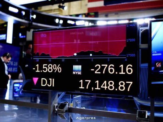 China si tensiunile geopolitice din Orientul Mijlociu au tras bursele in jos. Pe Wall Street, Dow Jones a bifat o scadere de 276,09 puncte, cea mai slaba deschidere din ultimii 8 ani