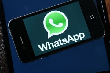 Aplicatia de chat WhatsApp are 1 miliard de utilizatori pe zi. Cand a preluat-o Facebook, in 2014, avea de trei ori mai putin