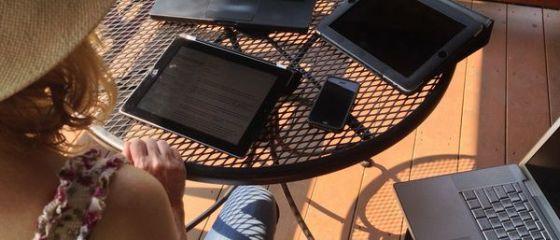 Cautarile online prin intermediul unui dispozitiv mobil au depasit volumul celor de pe desktop