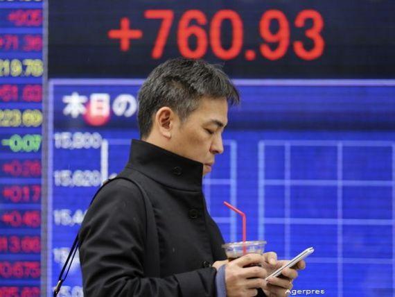 Bursa japoneza deschide in crestere spectaculoasa, cu 7,16%, dupa o saptamana neagra in care a pierdut 11,10%