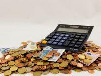 Romania, a treia din UE la cel mai mic deficit bugetar, si a cincea la cea mai scazuta datorie publica. Grecia si Italia, cele mai indatorate tari ale Europei