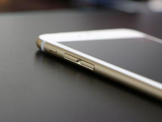 Bloomberg: Apple lanseaza un iPhone cu ecran mai mic si un iPad actualizat, pe 21 martie