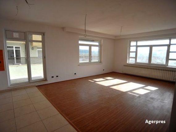 Apartamentele s-au scumpit cu 8% in acest an. In Bucuresti si Cluj preturile continua sa creasca, in timp ce Brasovul si Iasiul sunt pe scadere