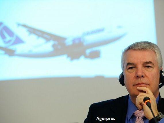 Directorul general al Tarom, Christian Heinzmann, a fost revocat si inlocuit cu directorul financiar al companiei. Operatorul de stat a platit 1 mil. dolari despagubiri pentru intarzieri