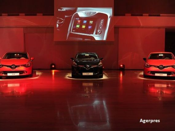 Renault va produce noul Clio la trei fabrici din Europa, pentru a face fata cererii. Este cel mai vandut model al francezilor