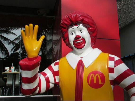 McDonald rsquo;s a angajat 1.000 de persoane in 2016 si a majorat salariile cu 21%. Cat castiga salariatii din Romania ai lantului de fast-food
