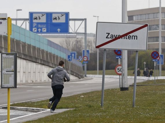 Companiile aeriene din Romania si-au anulat sau amanat cursele catre si dinspre Bruxelles, ca urmare a atacurilor teroriste. Alerta de calatorie de la MAE