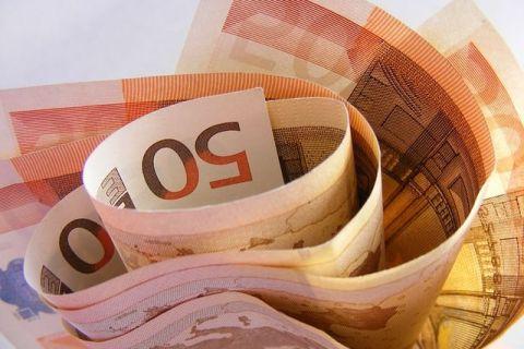BCE introduce in circulatie o noua bancnota de 50 de euro, cea mai folosita dintre banii europeni