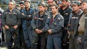 Greva minerilor din Oltenia ia amploare.  Laudele nu țin de foame și cald