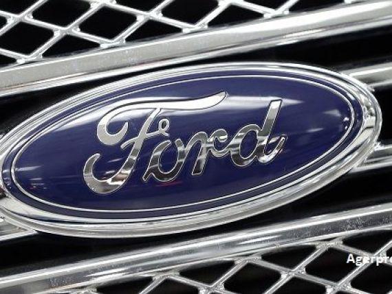 Ford nu renunta la planurile de a muta productia in Mexic, in ciuda amenintarilor lui Trump