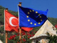 UE si Turcia deschid un nou capitol in negocierile privind aderarea, pe 30 iunie. Seful CE, Jean-Claude Junker exclude, insa, orice extindere a Uniunii pana in 2020