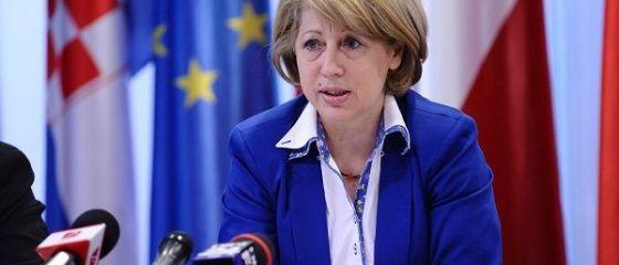 Ministrul Fondurilor Europene, Aura Raducu, a demisionat, la solicitarea premierului