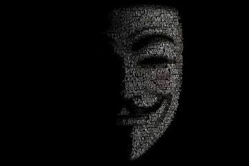 Creatorul virusului  Gozi , unul dintre cele mai distructive din istoria informaticii, condamnat la 3 ani de inchisoare. Un roman, inculpat in dosar