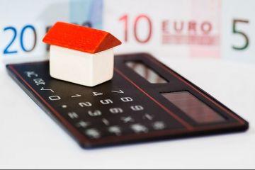 Darea in plata isi arata efectele: cursul a depasit 4,5 lei/euro, iar bancile, inclusiv cea de stat, majoreaza avansul la ipotecare. Isarescu: Bancile isi vor apara dreptul de proprietate