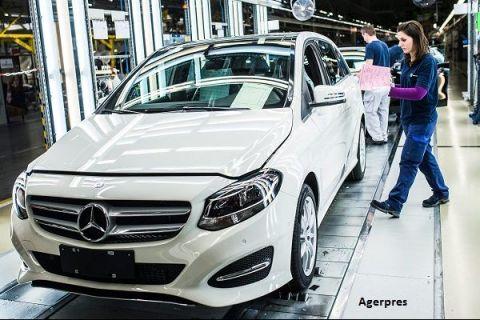 Romania pierde o investitie nemteasca de 500 mil. euro. Daimler a ales Polonia pentru constructia unei fabrici de motoare pentru Mercedes