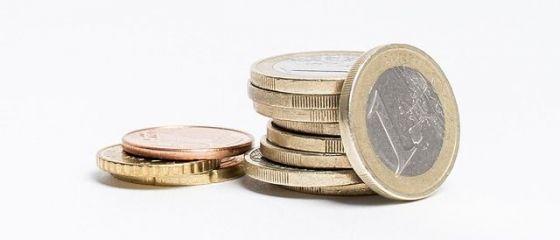 Leul a crescut ușor în raport cu moneda unică