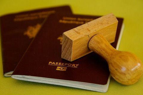 Canada anunta la inceputul toamnei cand ridica vizele pentru romani si bulgari