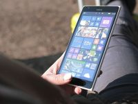 Marca Nokia revine pe piata telefoanelor si tabletelor. Noile dispozitive nu vor fi produse nici de Microsoft, nici de grupul finlandez