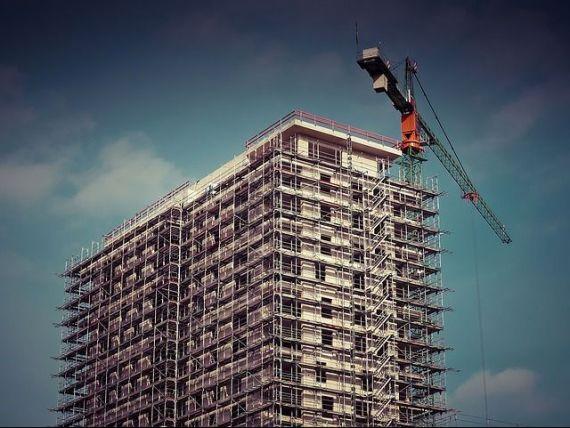 Constructia de locuinte, in crestere puternica in martie. Sectorul per ansamblu a ramas pe minus, cu o scadere de 1%
