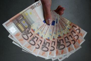 Romanii, intre europenii cu cea mai mica putere de cumparare. Tara in care PIB-ul per capita depaseste de aproape 3 ori media UE