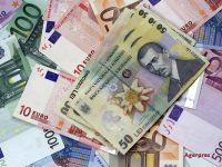 Leul se apreciaza in fata principalelor valute. Euro scade sub 4,45 lei