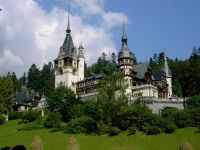 Romania a atras anul trecut sub 2,5 mil. straini, de peste trei ori mai putini decat Bulgaria. Cati bani au cheltuit la noi in tara