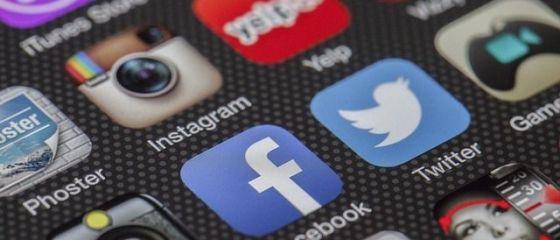 Instagram, aplicatie detinuta de Facebook, a ajuns la jumatate de miliard de utilizatori
